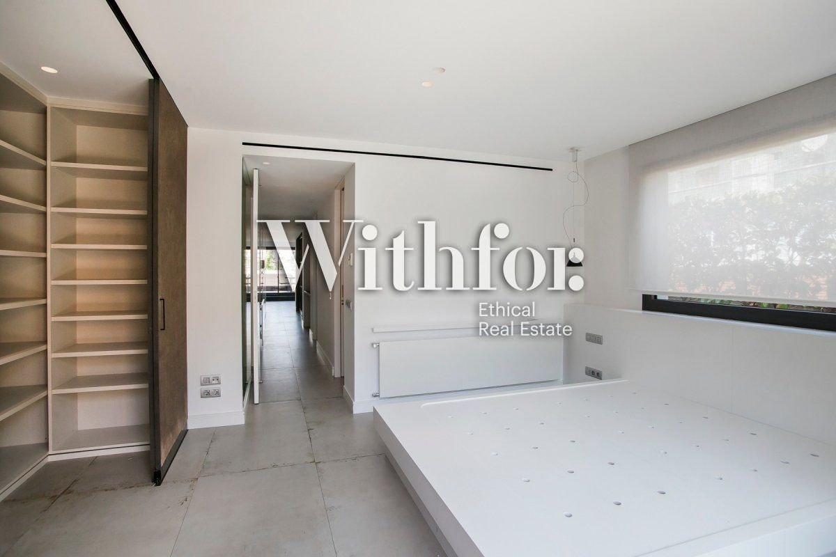 Magnificent penthouse with 85m2 terrace next to Plaza Gregori Tramaturg - 10