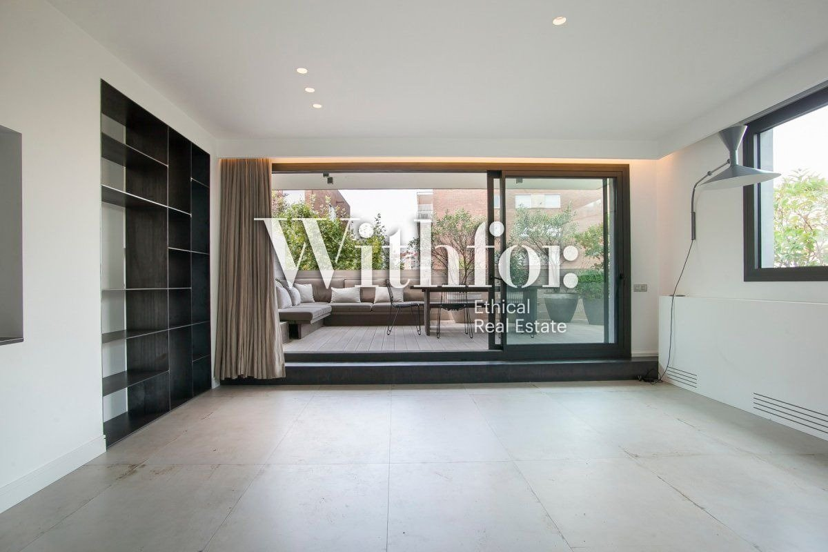 Magnificent penthouse with 85m2 terrace next to Plaza Gregori Tramaturg - 12