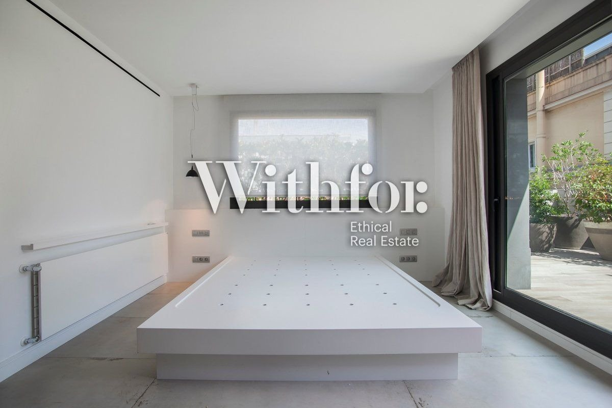 Magnificent penthouse with 85m2 terrace next to Plaza Gregori Tramaturg - 15