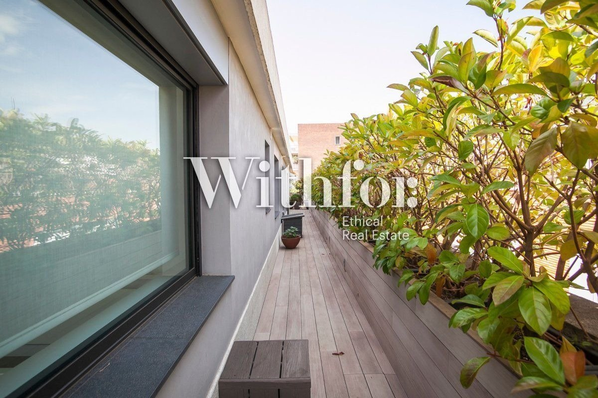 Magnificent penthouse with 85m2 terrace next to Plaza Gregori Tramaturg - 24