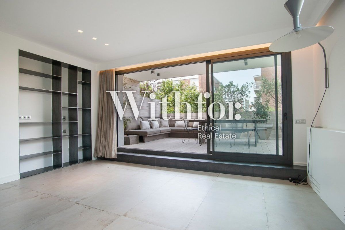 Magnificent penthouse with 85m2 terrace next to Plaza Gregori Tramaturg - 4