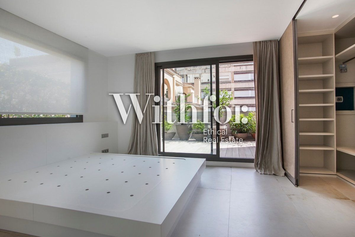 Magnificent penthouse with 85m2 terrace next to Plaza Gregori Tramaturg - 9