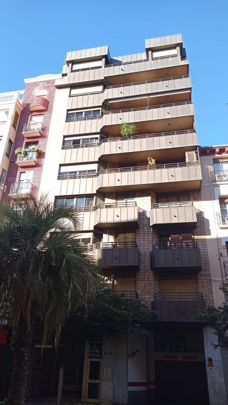 local-comercial en zaragoza · casco-historico 32000€