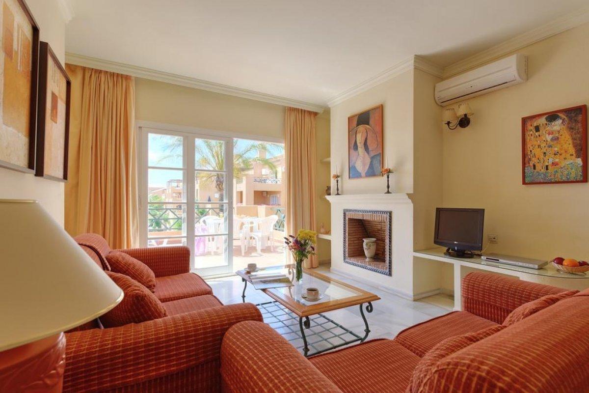 Apartamentos en oasis golf de 1 y 2 dormitorios!!! - imagenInmueble3