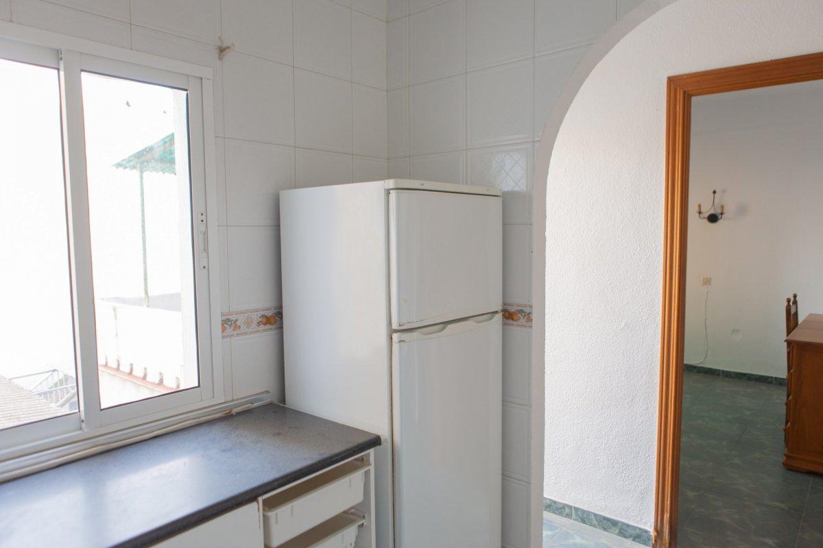 Casa a reformar muy cerca del centro de fuengirola!!! - imagenInmueble24