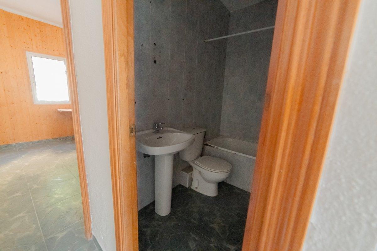 Casa a reformar muy cerca del centro de fuengirola!!! - imagenInmueble27