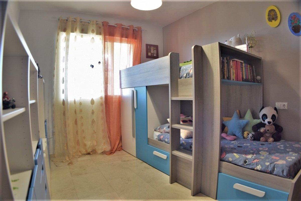Estupendo piso en los pacos - imagenInmueble11