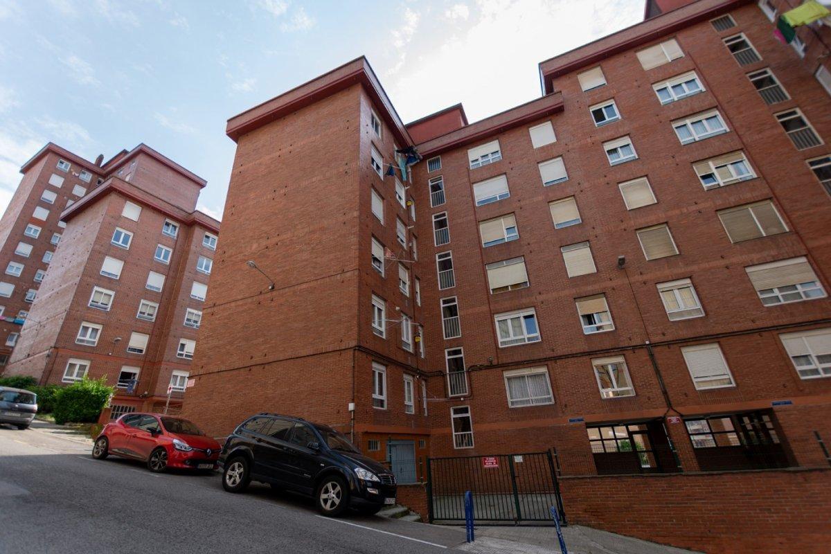 Piso en venta en Santander  de 3 Habitaciones, 1 Baño y 91 m2 por 195.000 €.