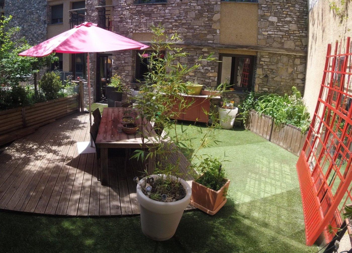 Piso con jardín en Arinsal