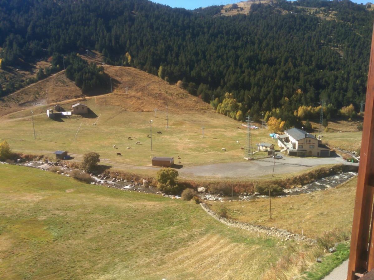 Estudi situat a Soldeu a la zona de Bordes d'Envalira.