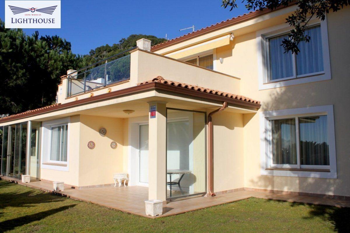 Villa for sale in Cala Sant Francesc, Blanes