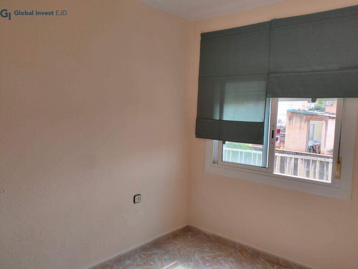 Flat for sale in El Coll, Barcelona