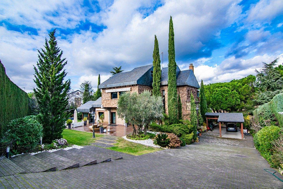 casa en las-rozas-de-madrid · club-de-golf 1475000€