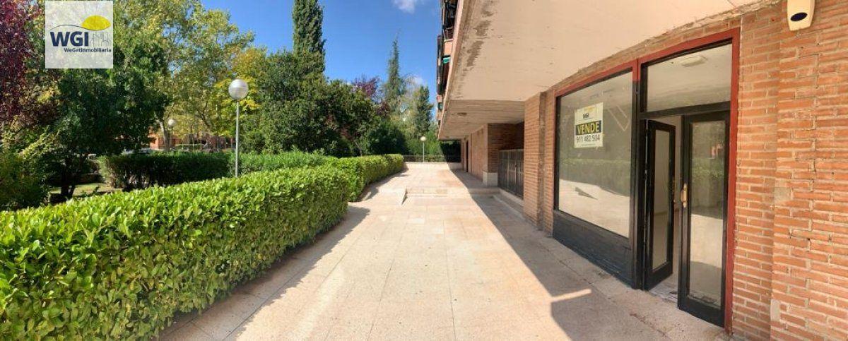 local-comercial en tres-cantos · avda-colmenar-viejo 55000€