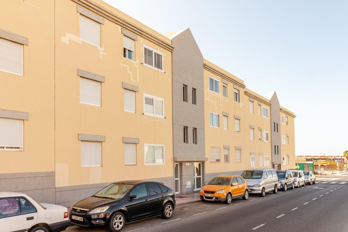 piso en san-bartolome-de-tirajana · san-bartolome-de-tirajana 190000€
