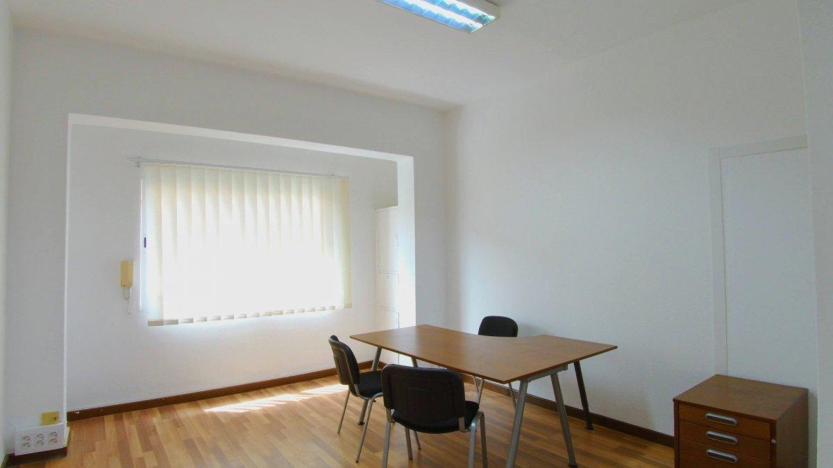 oficina en las-palmas-de-gran-canaria · arenales 69000€