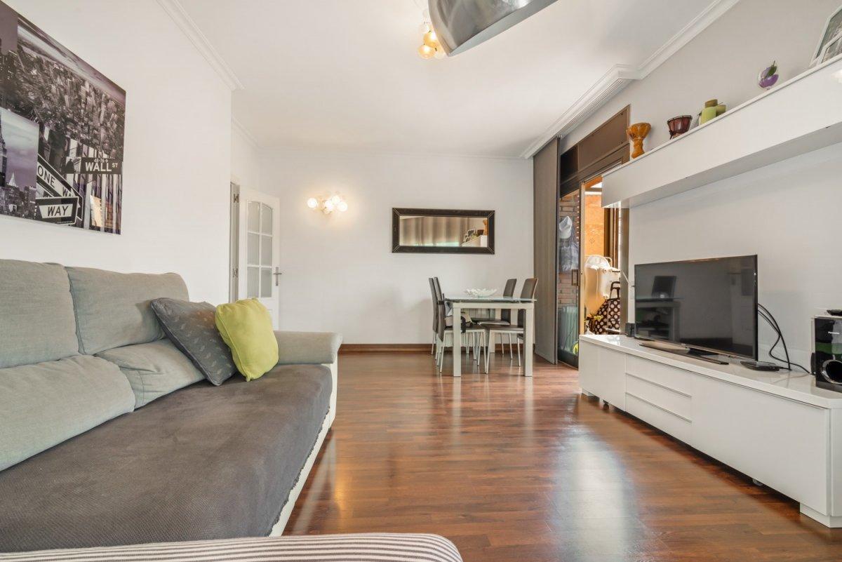 piso en santa-coloma-de-gramanet · centre 180000€