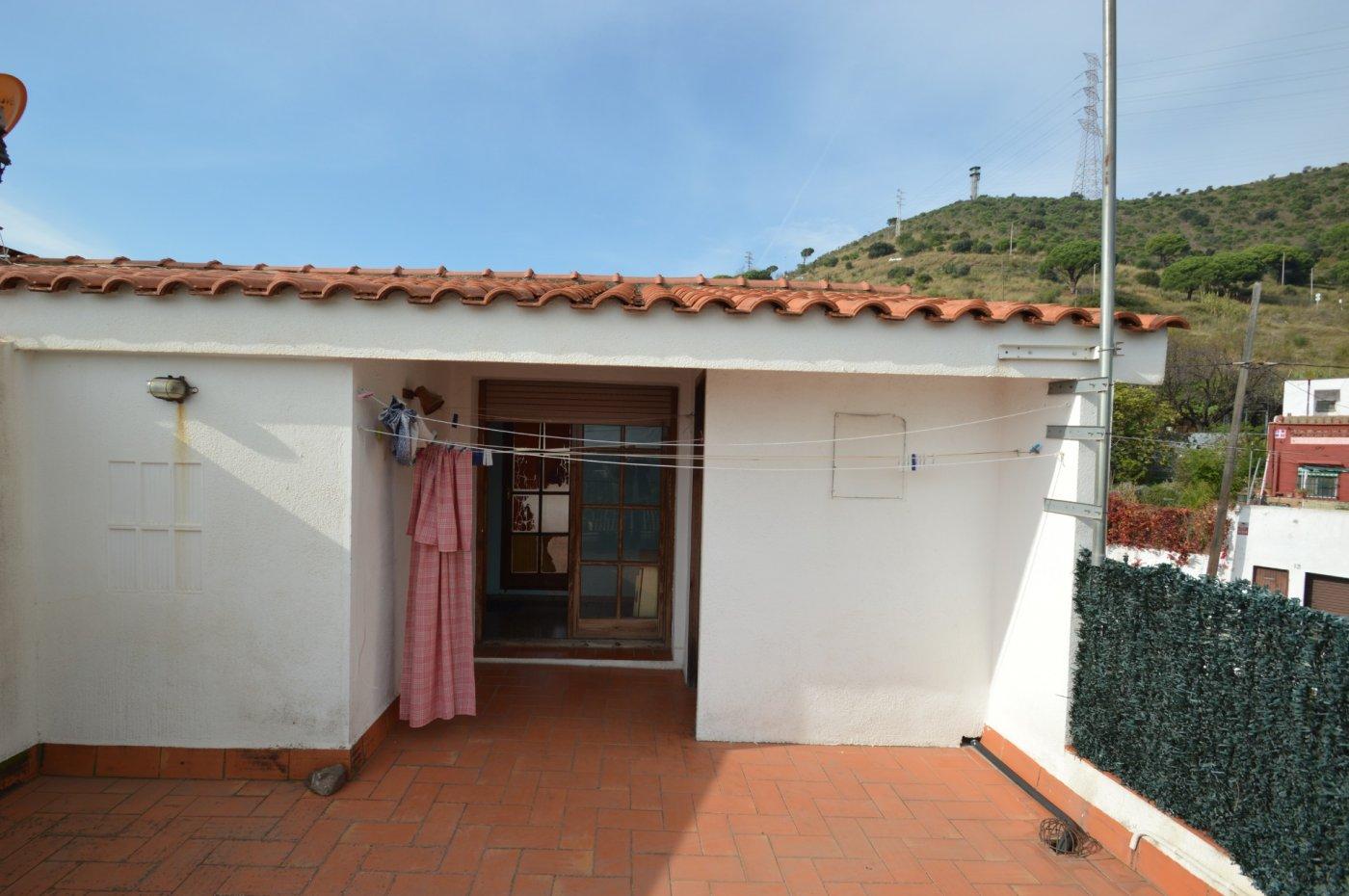 Casa · Santa Coloma De Gramanet · Singuerlin 390.000€€