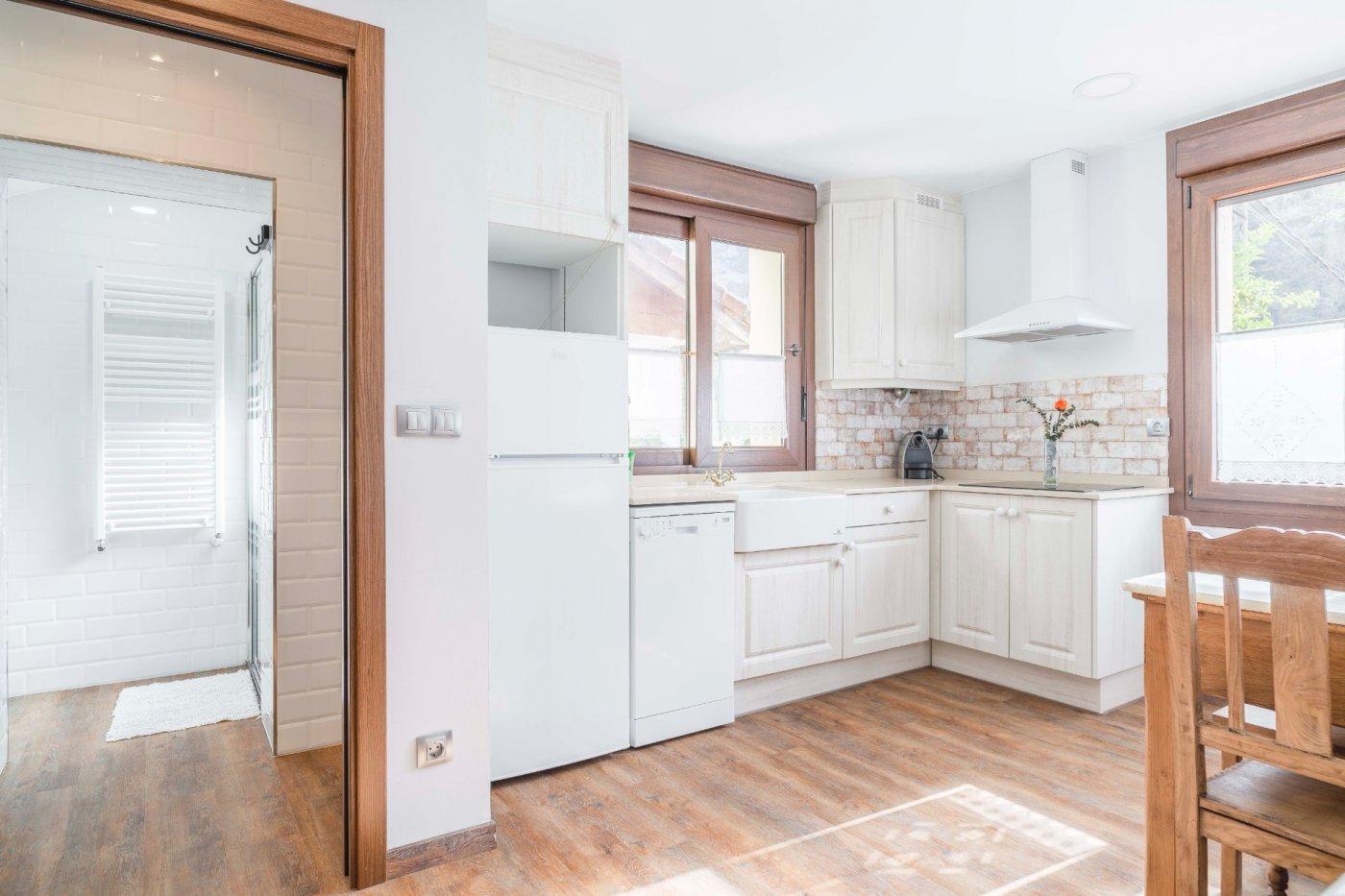 casa-con-terreno en proaza · proaza 386500€