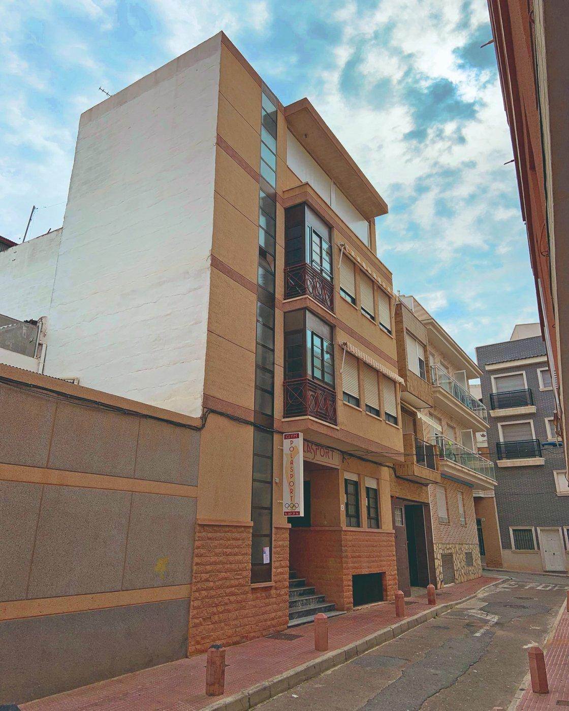 edificio en santa-pola · centro 280000€
