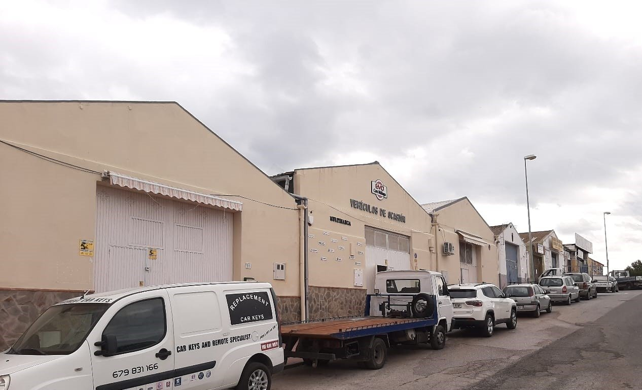 industrielle-einheit en malaga · los-prados 0€