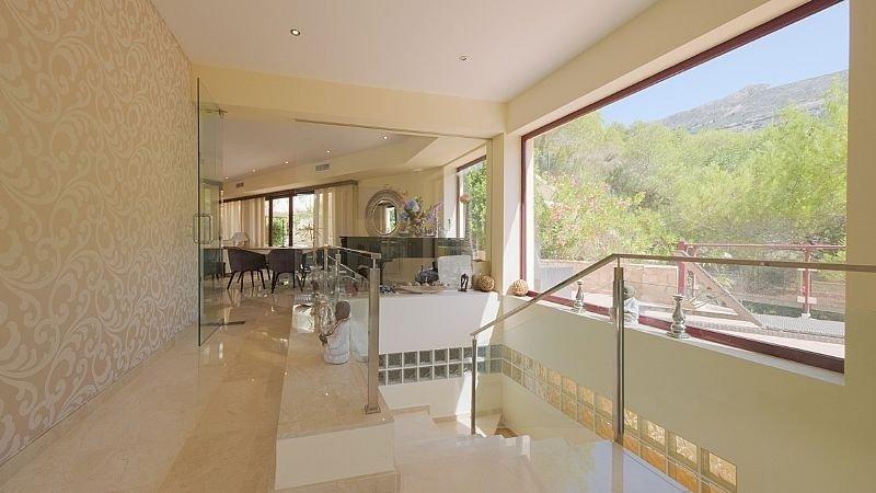 Villa de lujo con impresionantes vistas al mar y a la bahía de altea - imagenInmueble29