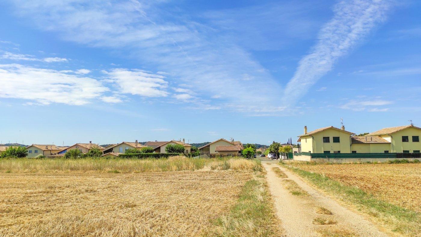terreno-urbano en muruzabal · muruzabal 420000€