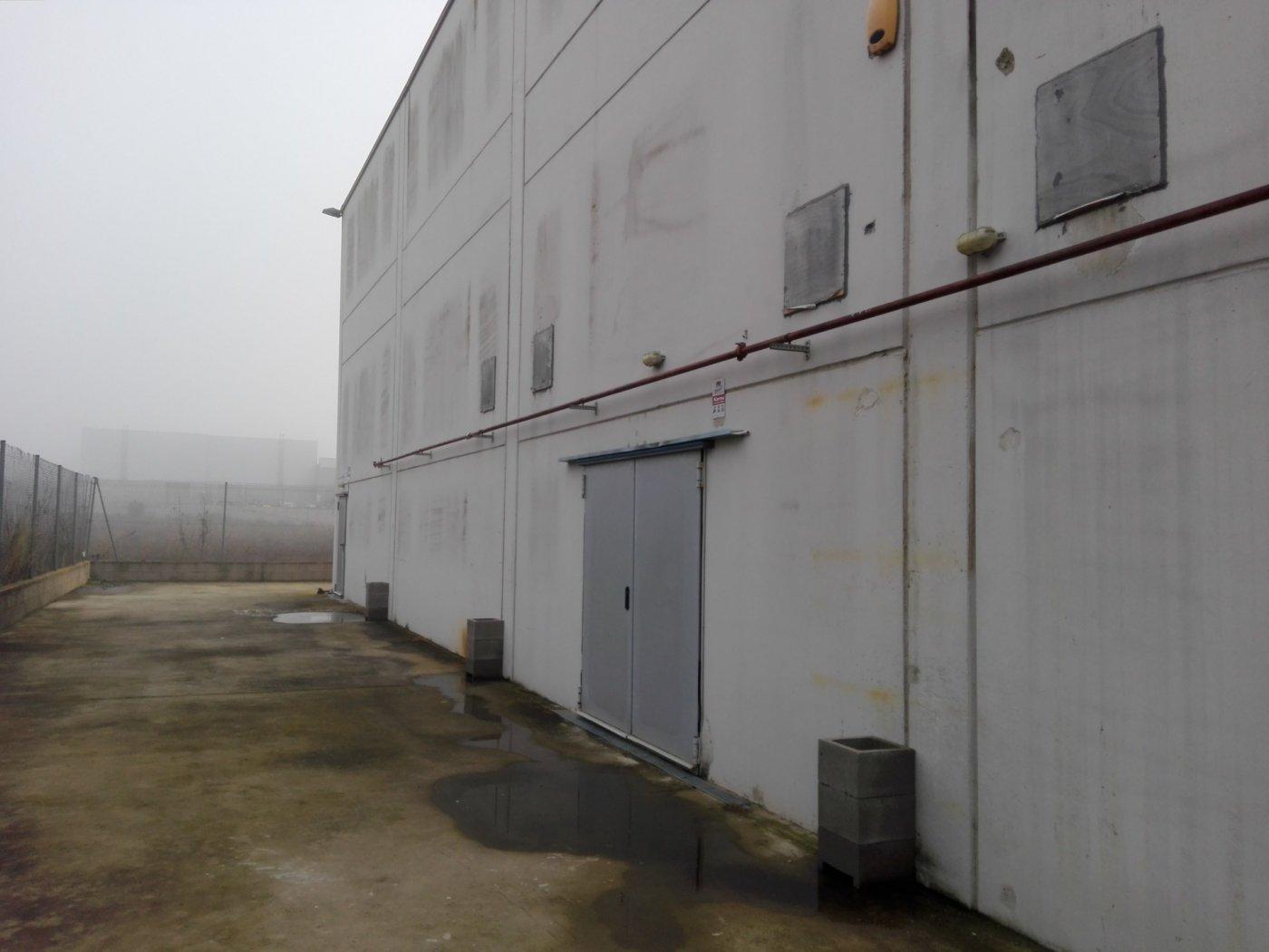 Nave industrial en venta en Móra la Nova