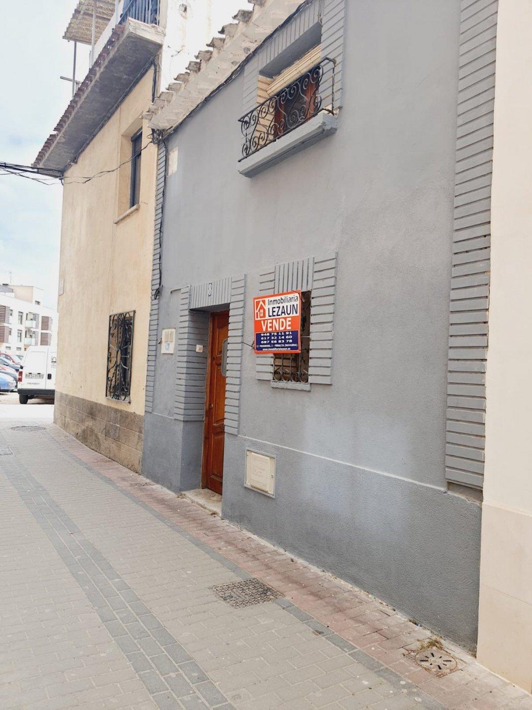 Casa en venta en - Centro -, Corella