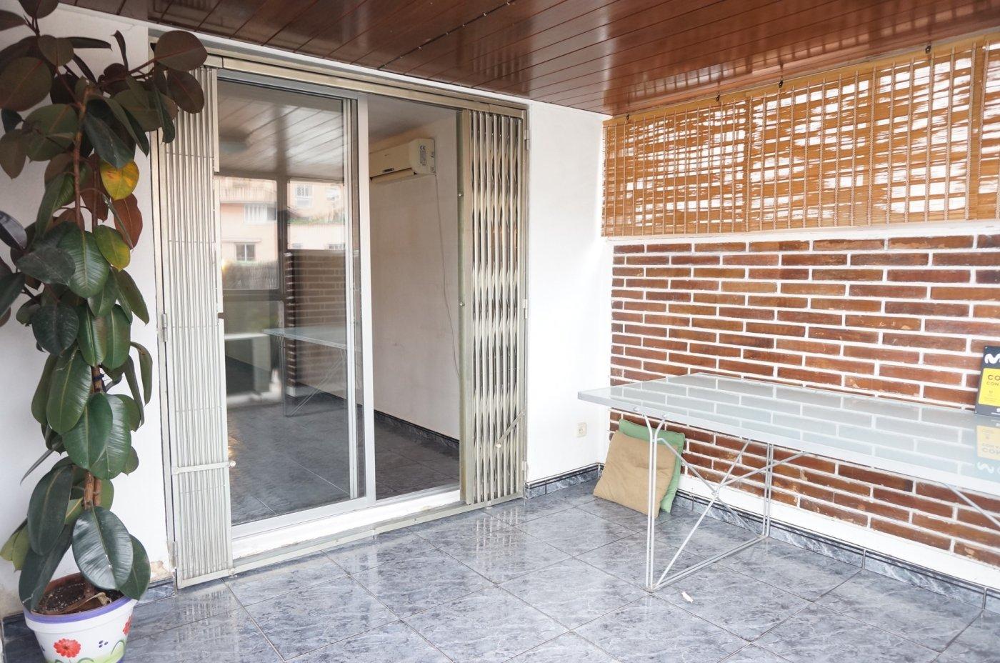 Piso de 70m2 con terraza - imagenInmueble0