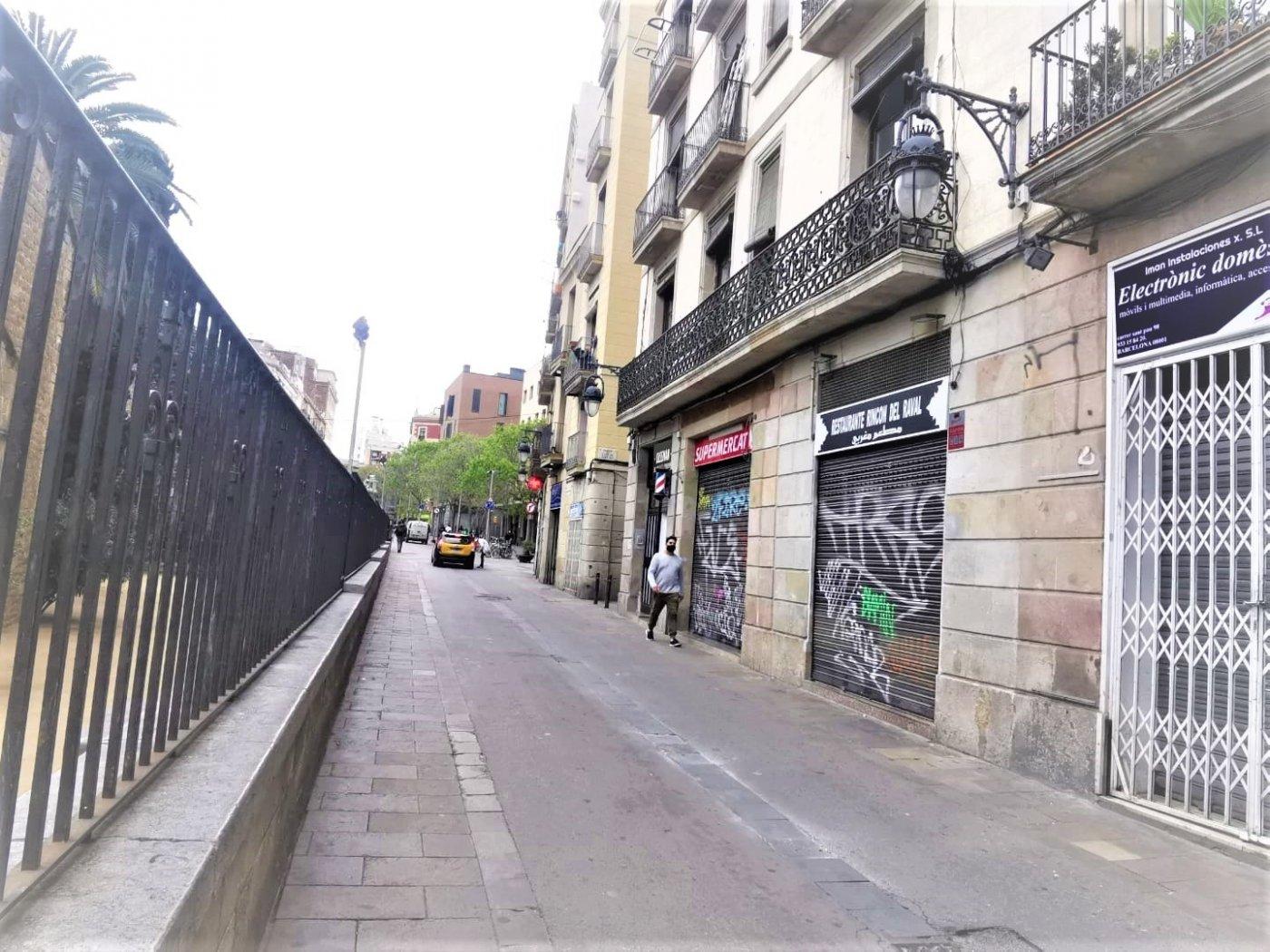 Local Comercial · Barcelona · El Raval 135.000€€