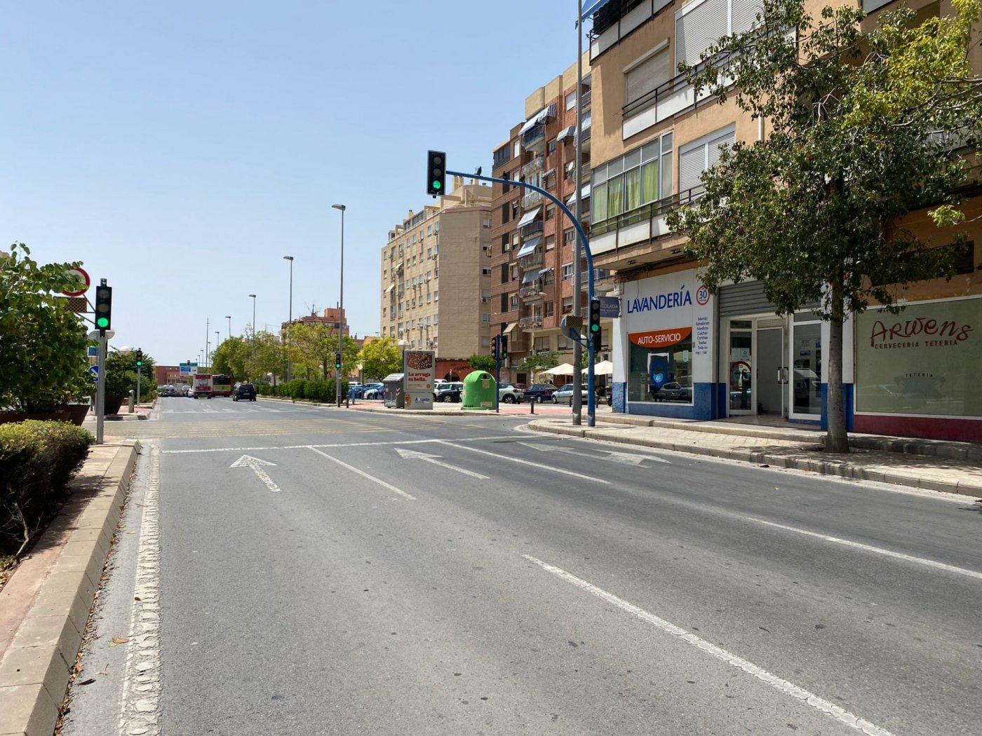 Local en avenida gran via - imagenInmueble0