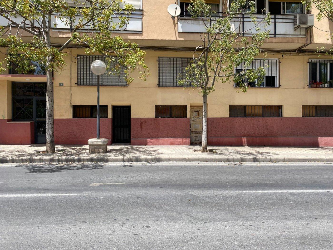 Local en avenida gran via - imagenInmueble2