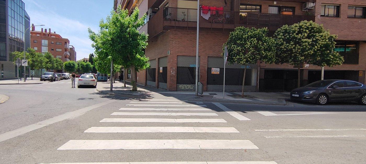 Local en alquiler en Los Olivos, Huesca