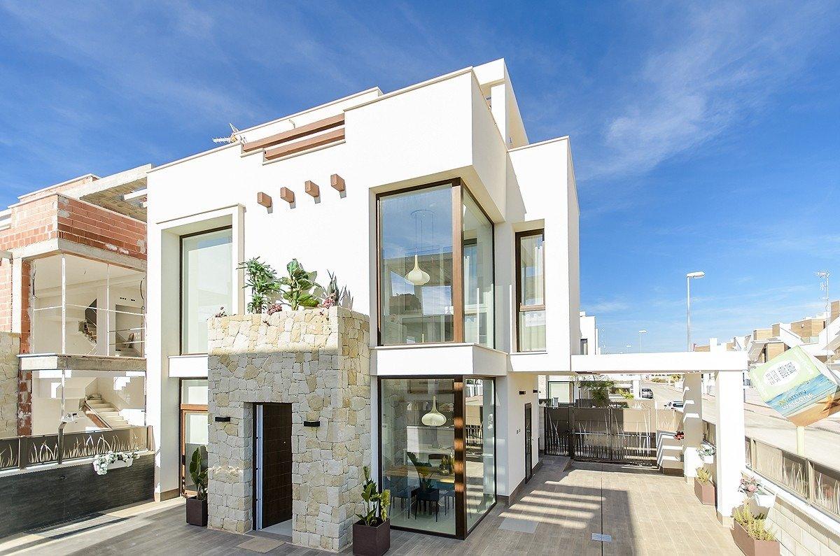 Villa de obra nueva en playa honda - imagenInmueble0