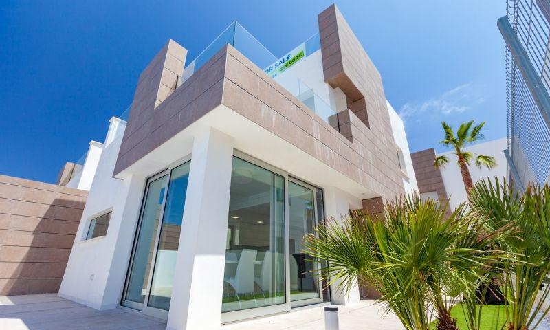 Nuevo residencial ubicado en la conocida urbanización de el raso - imagenInmueble12