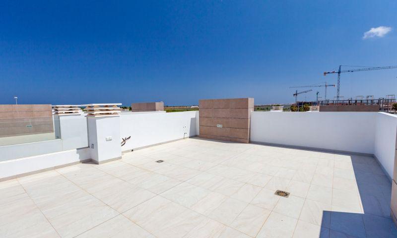 Nuevo residencial ubicado en la conocida urbanización de el raso - imagenInmueble18