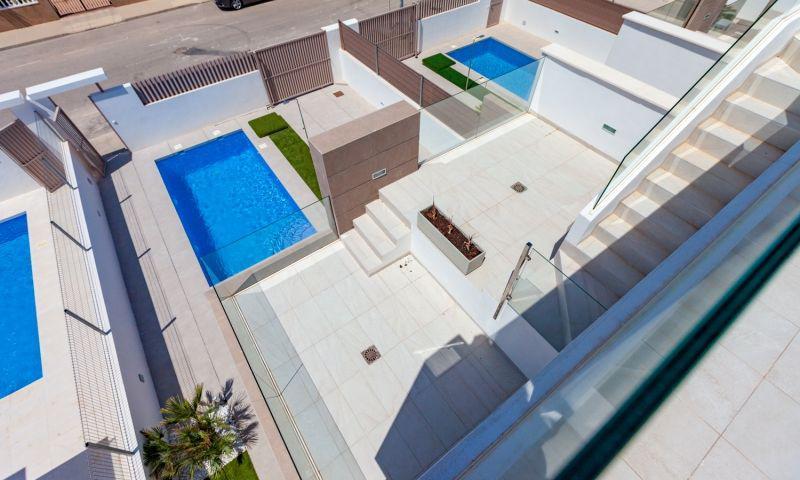 Nuevo residencial ubicado en la conocida urbanización de el raso - imagenInmueble19