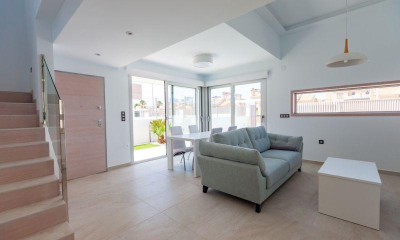 Nuevo residencial ubicado en la conocida urbanización de el raso - imagenInmueble25