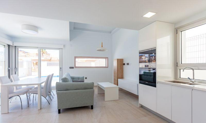 Nuevo residencial ubicado en la conocida urbanización de el raso - imagenInmueble26