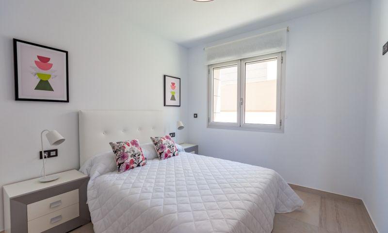 Nuevo residencial ubicado en la conocida urbanización de el raso - imagenInmueble28