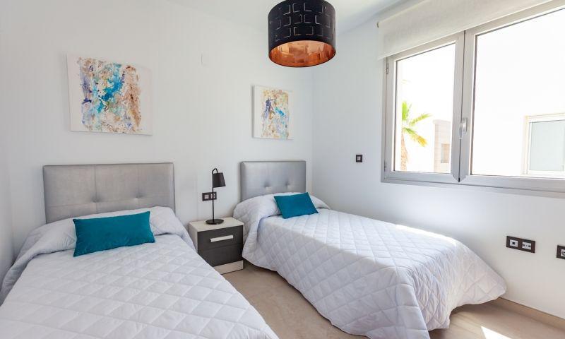 Nuevo residencial ubicado en la conocida urbanización de el raso - imagenInmueble6