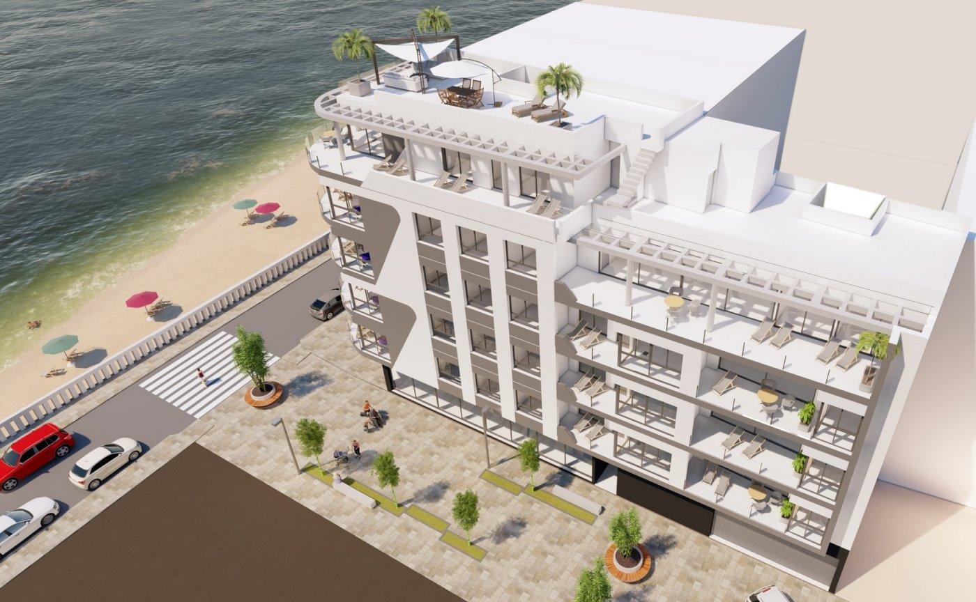 16 viviendas en primera línea de playa en torrevieja - imagenInmueble1