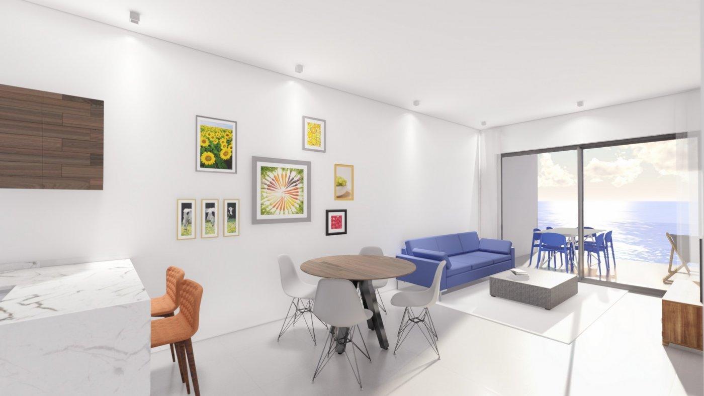 16 viviendas en primera línea de playa en torrevieja - imagenInmueble5