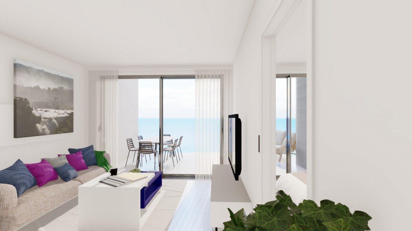16 viviendas en primera línea de playa en torrevieja - imagenInmueble8