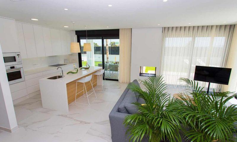 Villa nueva moderna con vistas al mar en los alcÁzares!! - imagenInmueble2