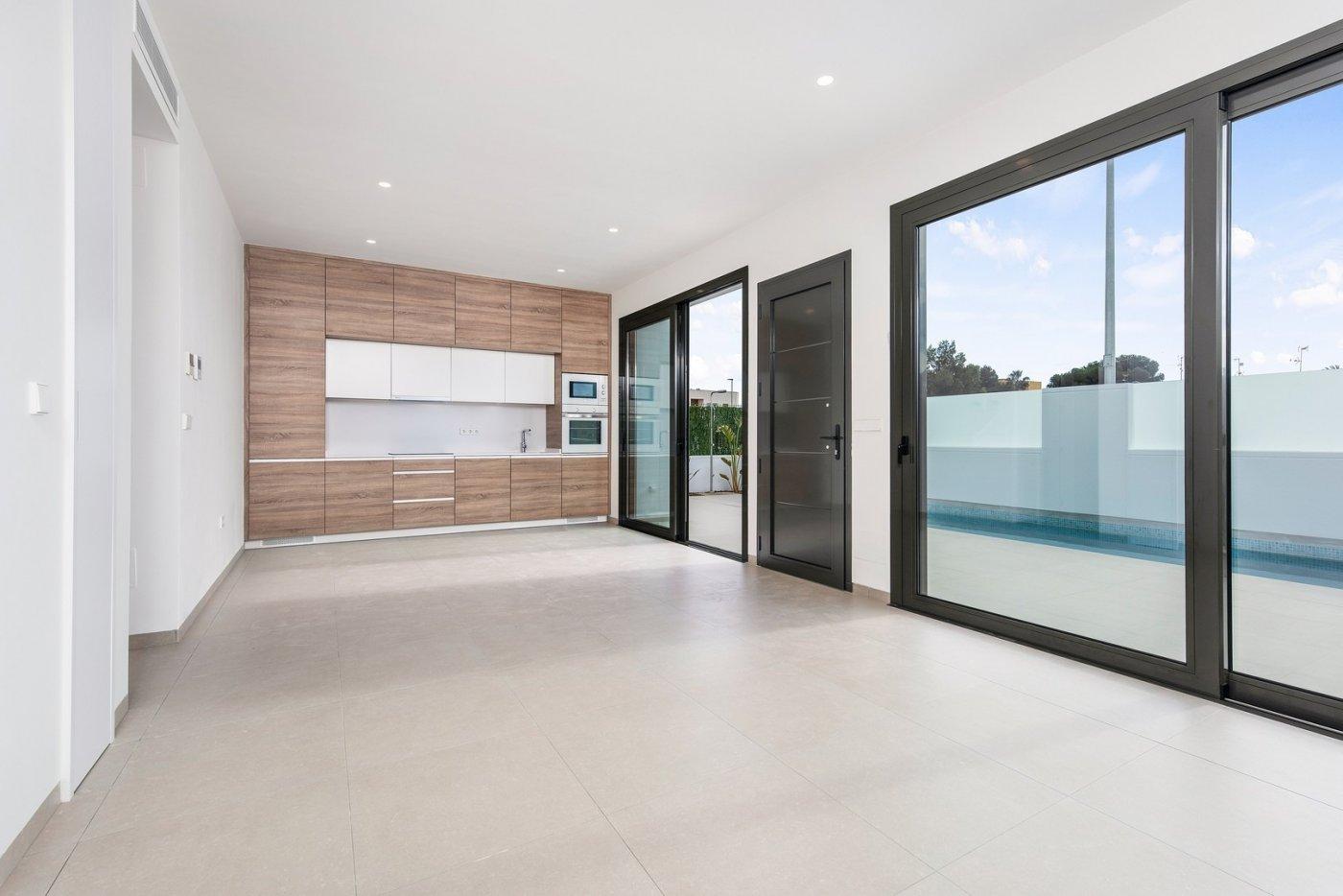 Villas nuevas con piscina privada y solarium a 700m de la playa !!! - imagenInmueble4