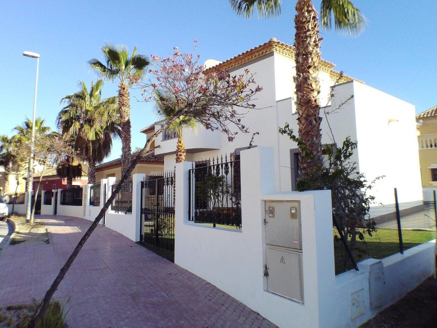 Villa en primera lÍnea campo de golf de ciudad quesada - imagenInmueble16