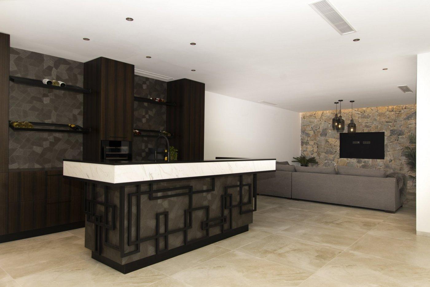 Villa de diseño con una superficie total de 250 metros cuadrados con vistas a guardamar y  - imagenInmueble11