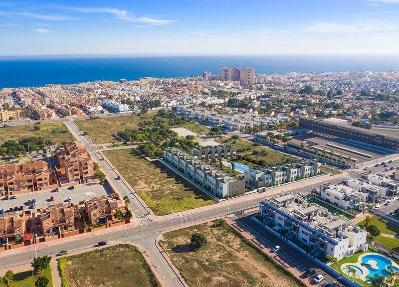Residencial de obra nueva con 56 apartamentos de 2 y 3 dormitorios a un paso de la playa. - imagenInmueble0